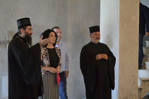 Поста Епископа нишког Арсенија и градоначелнице Ниша Драгане Сотировски нашем храму